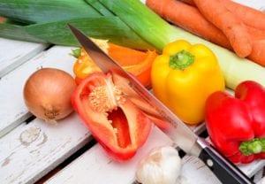 eat-crunchy-foods-to-keep-teeth-clean